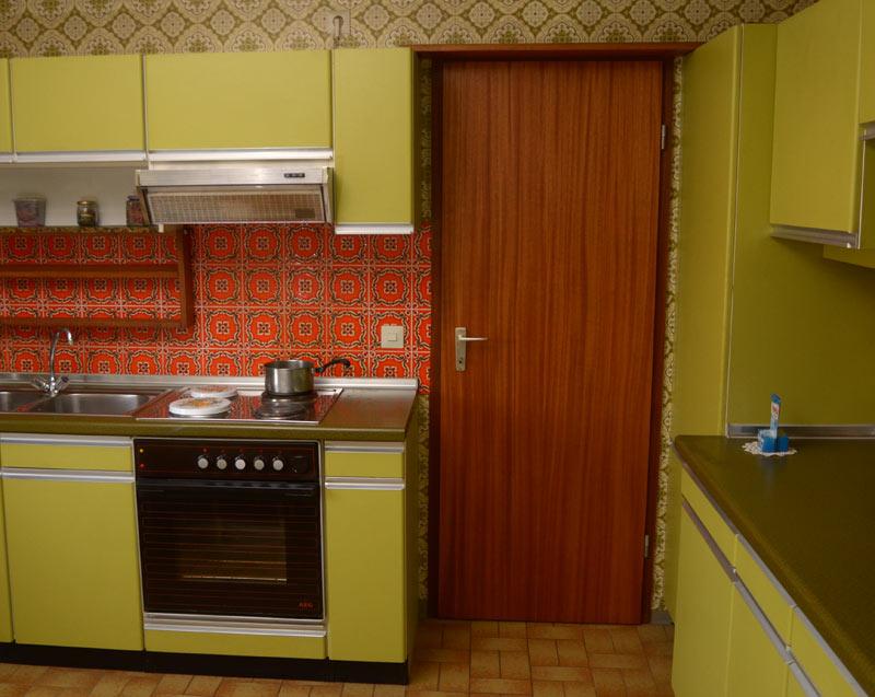 willkommen in den 70ern don t panic. Black Bedroom Furniture Sets. Home Design Ideas