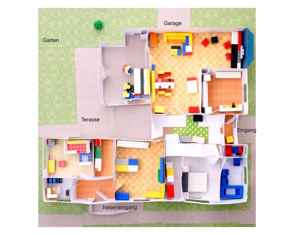 unser lego haus don t panic. Black Bedroom Furniture Sets. Home Design Ideas