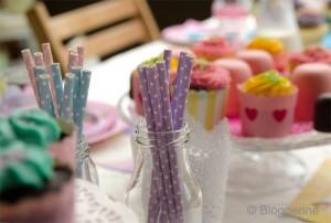 Kindergeburtstag gepunktete Strohhalme Mädchen birthday party
