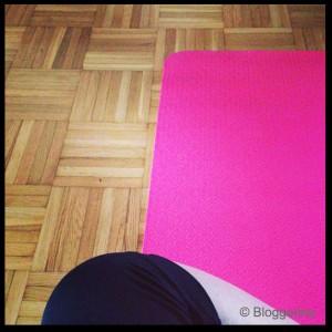 Yogahilfsmittel Yogamatte in pink