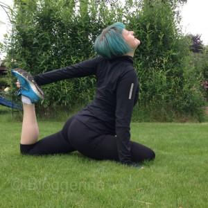 yoga pose  yoga for runners yogaübungen für Läufer Jogger vor und nach dem joggen königstaube taube king pigeon eka pada rajakapotasana