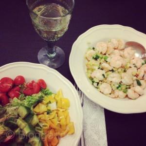 abnehmen diät gesundes Essen Salat Krabben Mittags abends gesund essen gewicht reduzieren