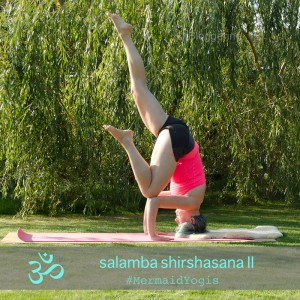 Yoga September Challenge Instagram Inversion Umkehrhaltungen Yogaposition Asana Kopfstand tripod gestützer Kopfstand salamba shirshasana