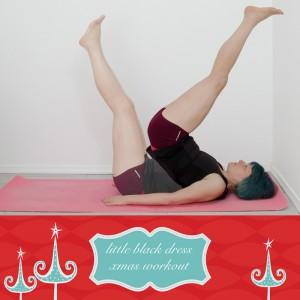 Workout das kleine Schwarze, Bikinifigur, straffer Po, schöne Arme, Workout zuhause, ohne Geräte functional fitness, weihnachtsworkout, kampf dem Speck, reverse crunch
