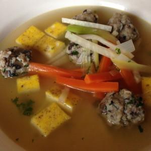 Suppe, Hochzeitssuppe, vegetarisch, vegetarisch kochen, Suppenrezept, Rezept, Champignonsklößchen,Eierstich