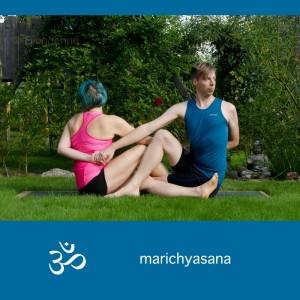 Partneryoga, Yoga, Hands on, Yoga mit Parnter, Yoga zu zweit, fit sein, Fitness, Yoga überall, Yogi, Yogini, Männeryoga, infinity twist, twist, Drehung