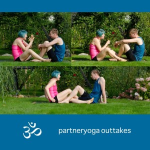Partneryoga, Yoga, Hands on, Yoga mit Parnter, Yoga zu zweit, fit sein, Fitness, Yoga überall, Yogi, Yogini, Männeryoga, Outtakes