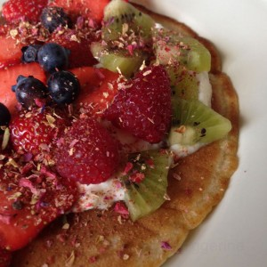 Eierkuchen, Pfannkuchen, pancakes, Eier, Mehl, Mittag, süßes Mittag, Crepes, Backen, Kochen, lecker, Rezept, Kinderessen, gesundes essen, vegetarisch