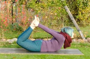 yoga, yogapose, position, asana, rückbeuge, backbend, bow, Bogen, dhanurasana