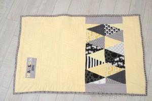 Quilt, Babyquilt, Decke, Geburtsgeschenk, Geschenk zur Geburt, Geburt, Junge, Mädchen, Babygirl, Babyboy, quilten, grau, schwarz, gelb