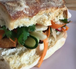 banh-mi, Banh-mi-Burger, Burger, Sandwich, vegetarisch, Tofu, vegetarischer Burger, vietnamesisch, rezept, lecker, Fast food, Street food