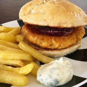 Burger, veganer Burger, vegetarischer Burger, vegan, vegetarisch, Rezept, Kochen, Fast food, Burger, Reis, Butternut, Kürbis, Bun, Patty, pommes, lecker, Herbstzeit