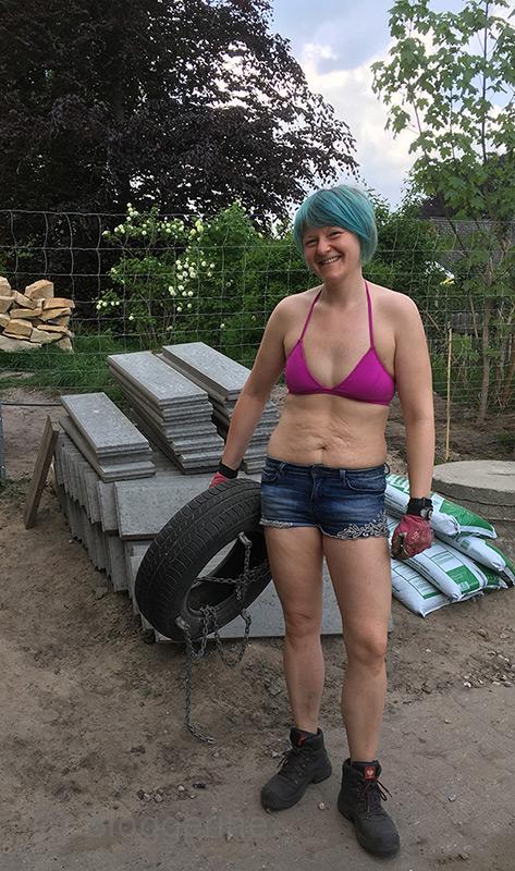 Aline, Bloggerine, Frau, Gartenneugestaltung, abnehmen