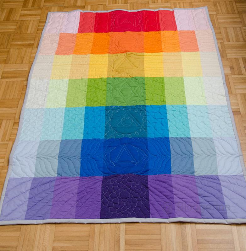 Quilt, Patchworkdecke, Tagesdecke, Regenbogen, Chakra, bunt, chakren, quilten, nähen