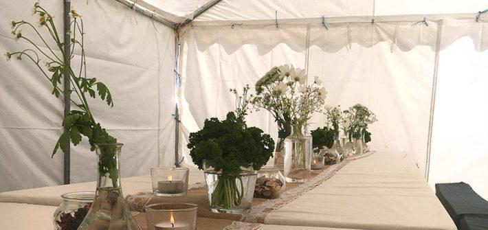 Petersilienhochzeit, Hochzeit, Gartenparty, Gypsy, bohemian, Dekoration, Deko, Buffett, vegetarisch, Vegetarisches Buffett, Vegetarier, Partyzelt, weiß, grün, Planung, Hochzeit selbst planen, Hochzeitsplaner