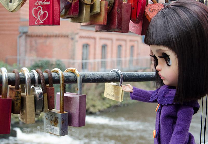 MargoTravellingBlythe, Blythe, diy, Margo, Karolin Felix, Puppe, doll, traveling blythe, Lüneburg, Stint, Fachwerkhäuser, Altstadt, Ilmenau