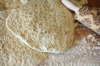 Kurdisches Fladenbrot, Fladenbrot, Wrapteig, Rezept, kochen, irakisches Brot, einfach kochen