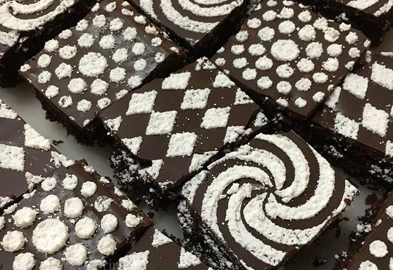 Rezept, backen, Backrezept, Schokokuchen, Panzerkuchen, saftiger Schokoladenkuchen, Geburtstagskuchen
